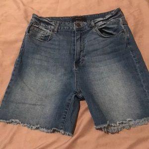 Forever 21 robbed hem jean shorts